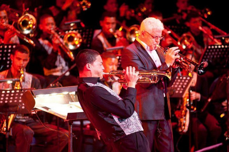 Ian Smith and Lorenzo Blignaut give it their all at the Artscape Youth Jazz Festival in 2011